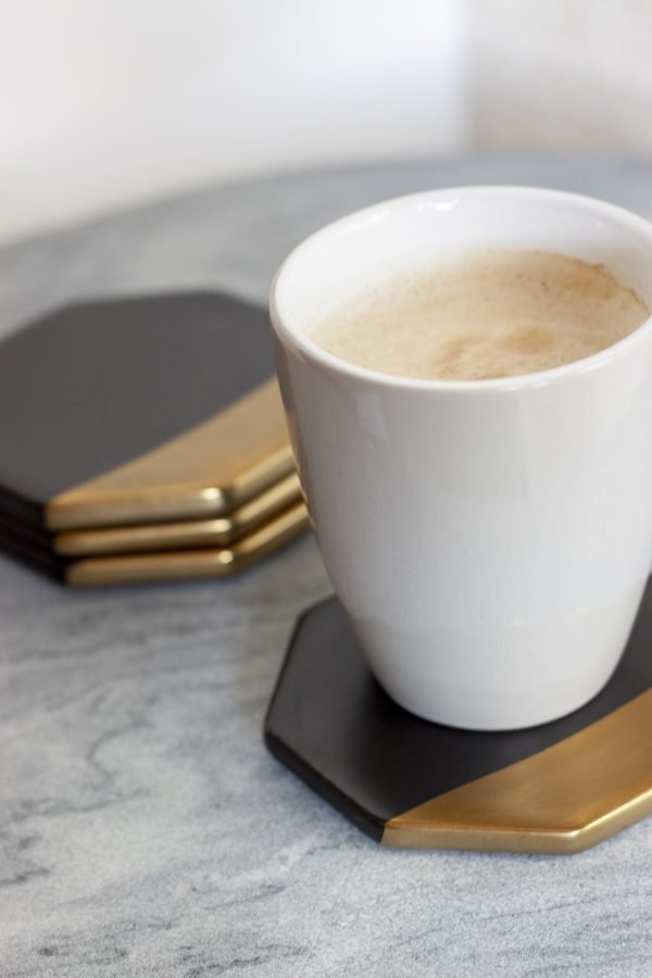 Onderzetter June Zwart Goud koffiekopje